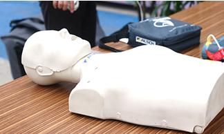 ฝึกอบรมการใช้งานเครื่อง AED